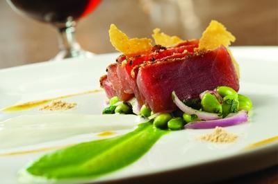 Tuna Tartar, The District